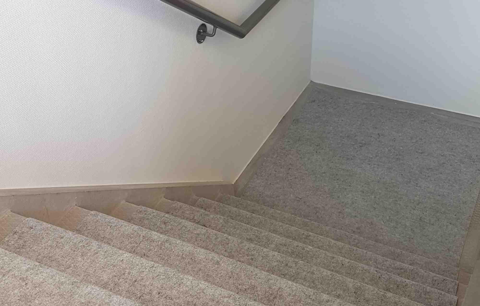 easydek-multicover-dura-stairs.jpg